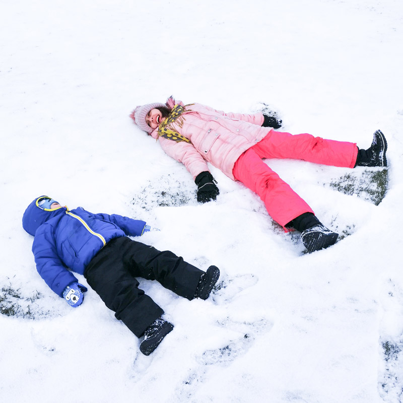 Супер забавни снежни игри
