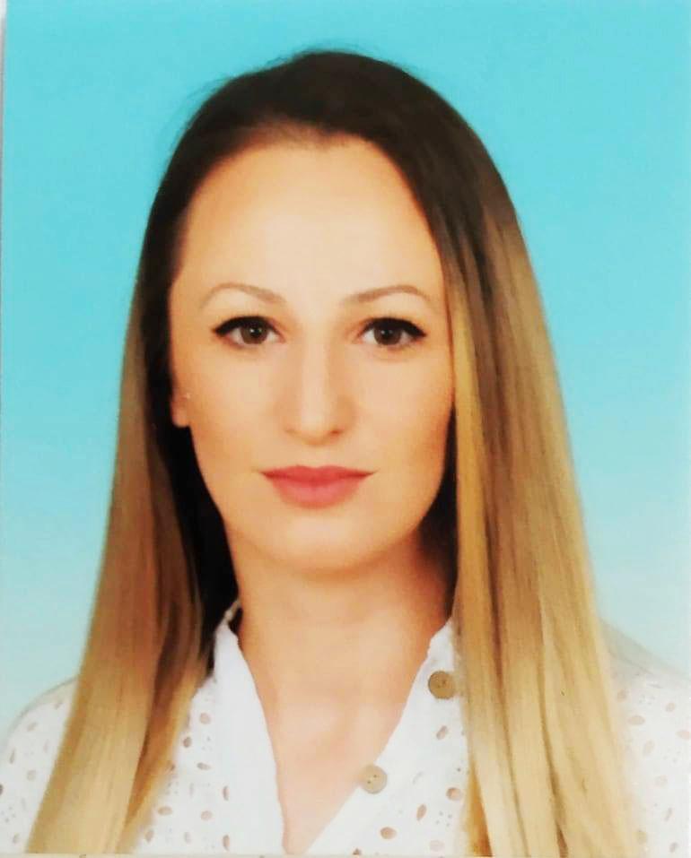 Кристина Стойнова, филолог и педагог